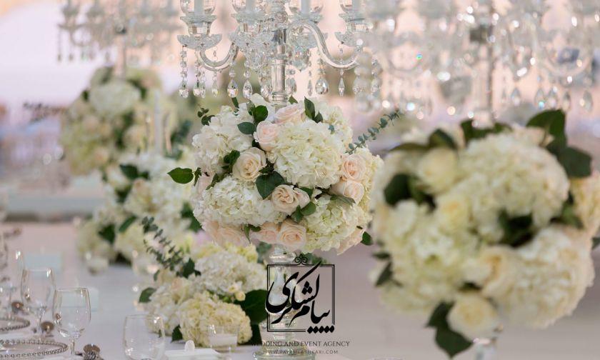 گل آرایی و تزئینات در مراسم چگونه باید باشد؟